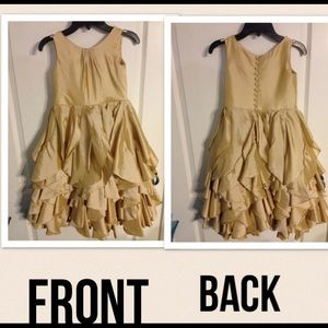 Other - Gold Girl's dress 👗 😍